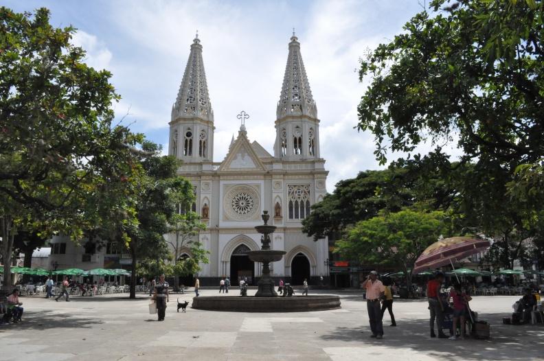 Drive me Alquiler de Carros en Medellín te invita a conocer Andes